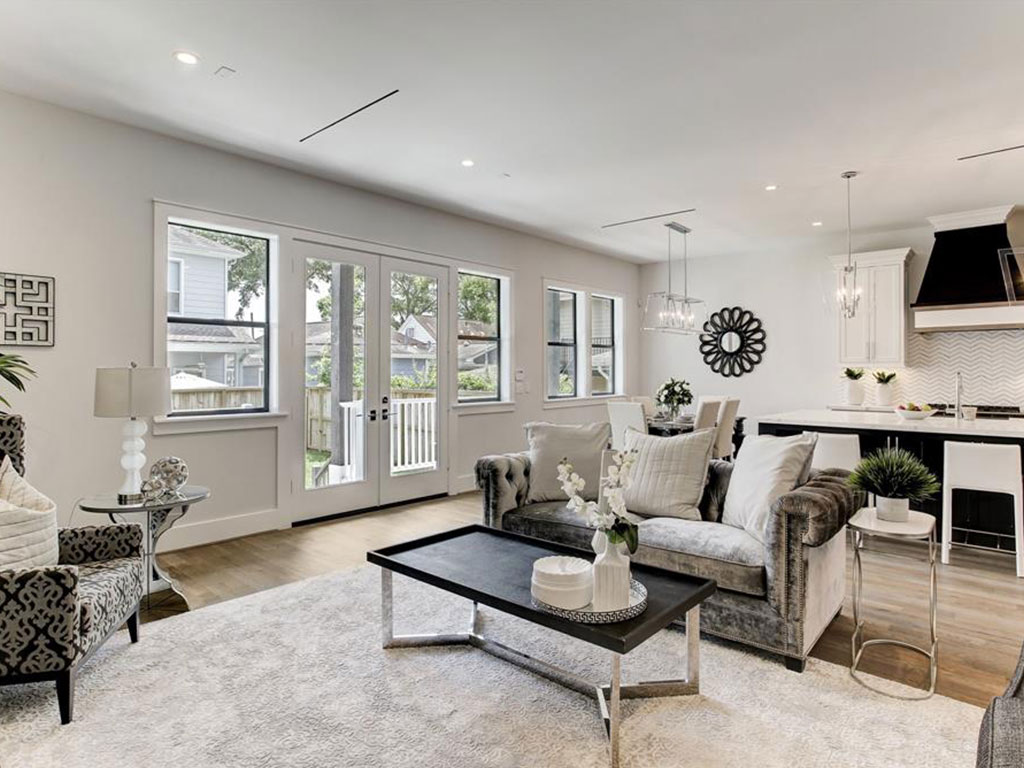 The home has an open floor plan, perfect for entertaining large numbers of guests.